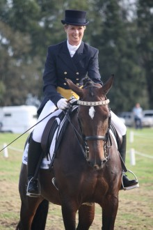 Kristina Suiter riding Flowervale Freedom
